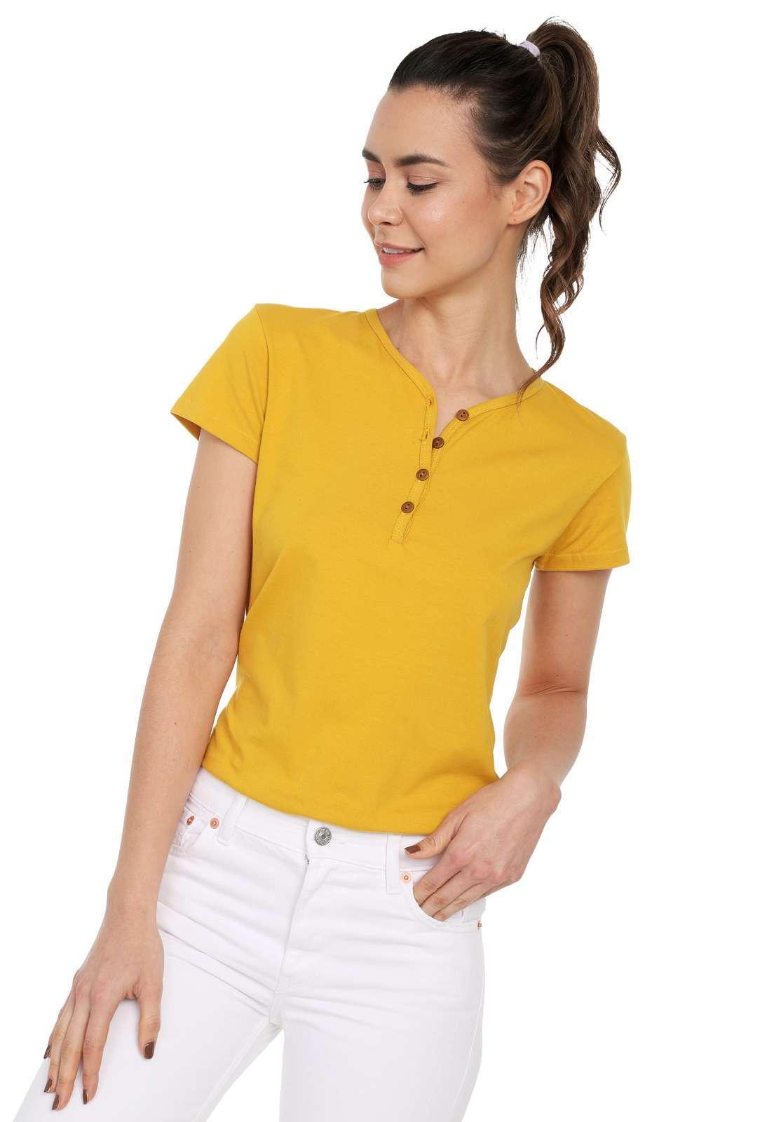 Camiseta Mujer Con Botones Licrada - Mostaza | Polovers